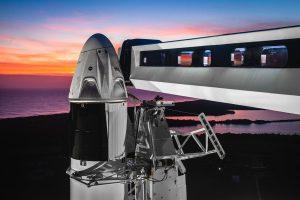 Видео с корабля Crew Dragon астронавт показал Землю из космоса 2